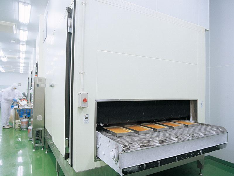 トンネルフリザー │ 業務用エアブラスト急速冷凍機