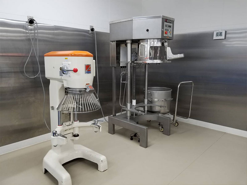 Mixer / 30 qt, 60 qt, 90 qt, single & twin mixers